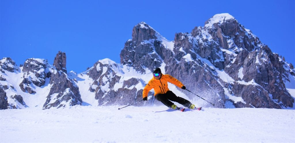 One of our instructors carving the perfect turn